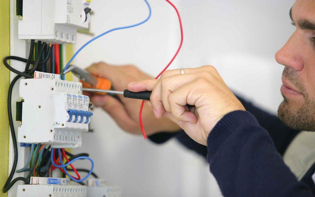 Fler elektriker behövs!